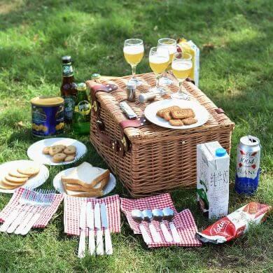 cesta de mimbre picnic camping excursión paseos playa campo montaña aire libre