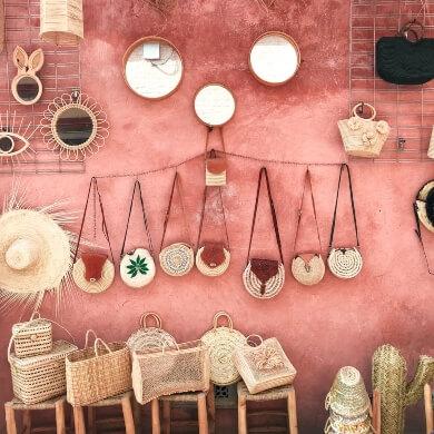 cesta de mimbre bolsos muebles accesorios espejos artesania
