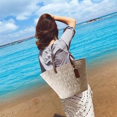 capazo capazas bolso playa rio campo paseos viajes vacaciones verano toallas pareos gafas cremas protectoras